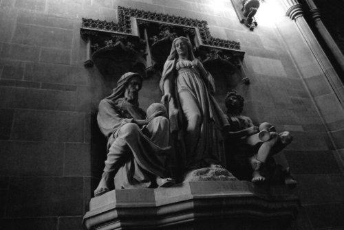 John Rylands Statue